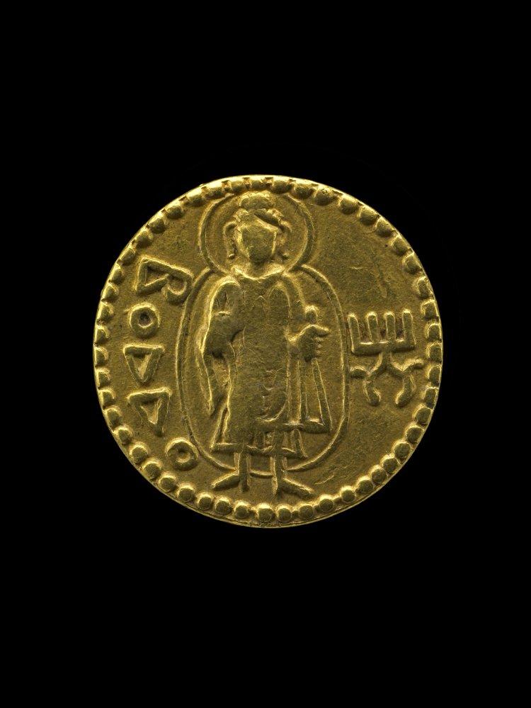 BM_Kushan_gold_coin_ca._127_150_A.D._Buddha_halo