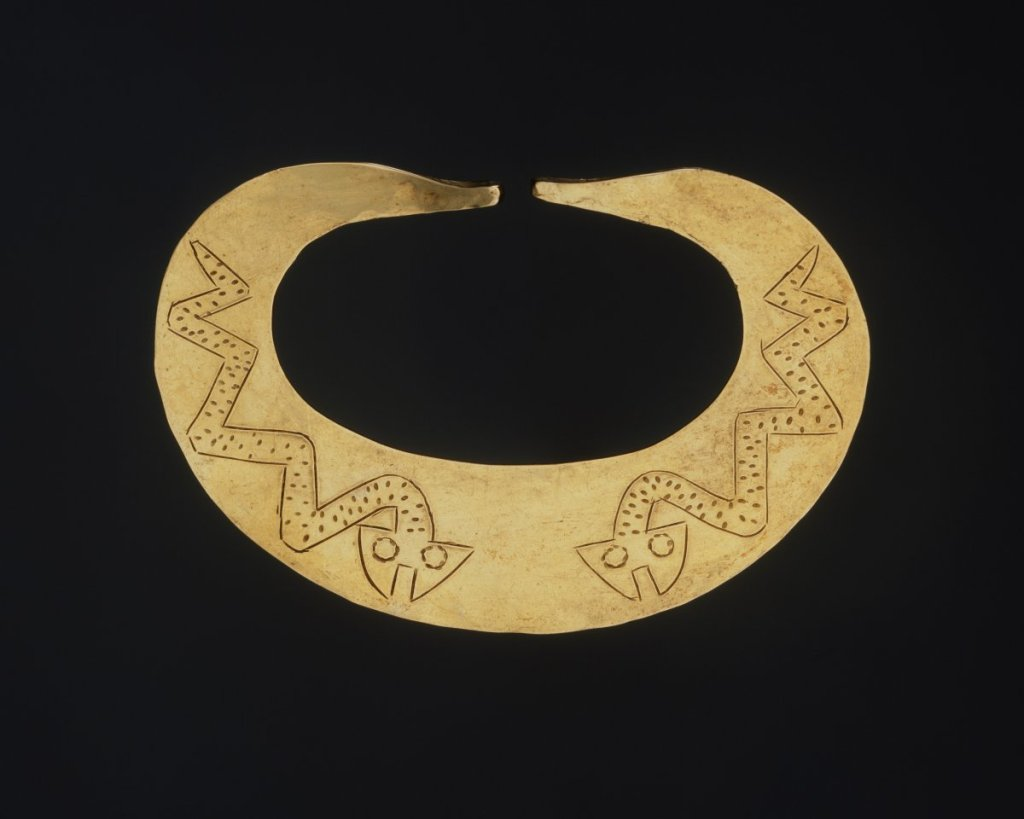 MMA_Ecuador_Peru_gold_nose_ornament_7b