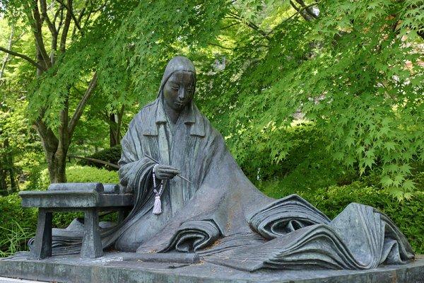 Ishiyamadera_Murasaki_statue_663highland_commons_7b