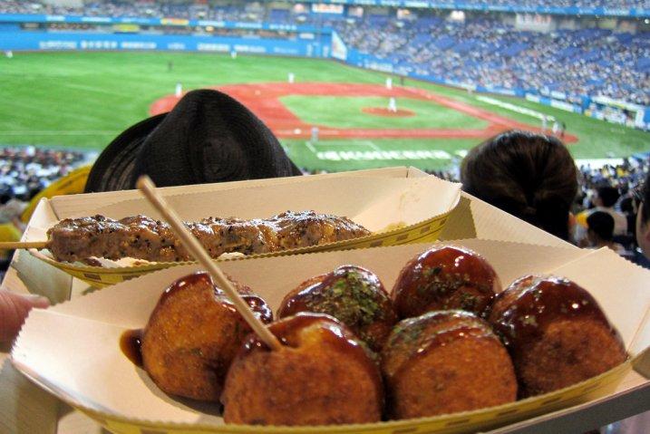 Takoyaki_baseball_wallyg_Flickr_7b