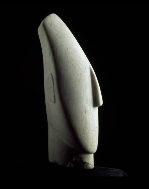 Louvre_Cycladic_head_in_profile_7