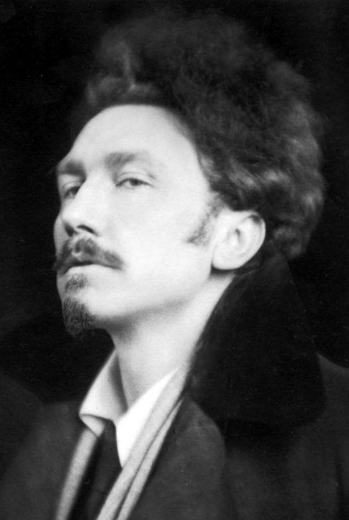 Ezra_Pound_by_E.O._Hoppé_in_1920_commons_7b