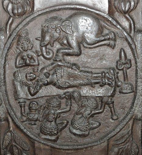 Bharhut_stupa_Maya_elephant_wiki_7b