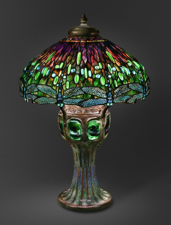 AIC_hanging_head_dragonfly_Tiffany_lamp_7
