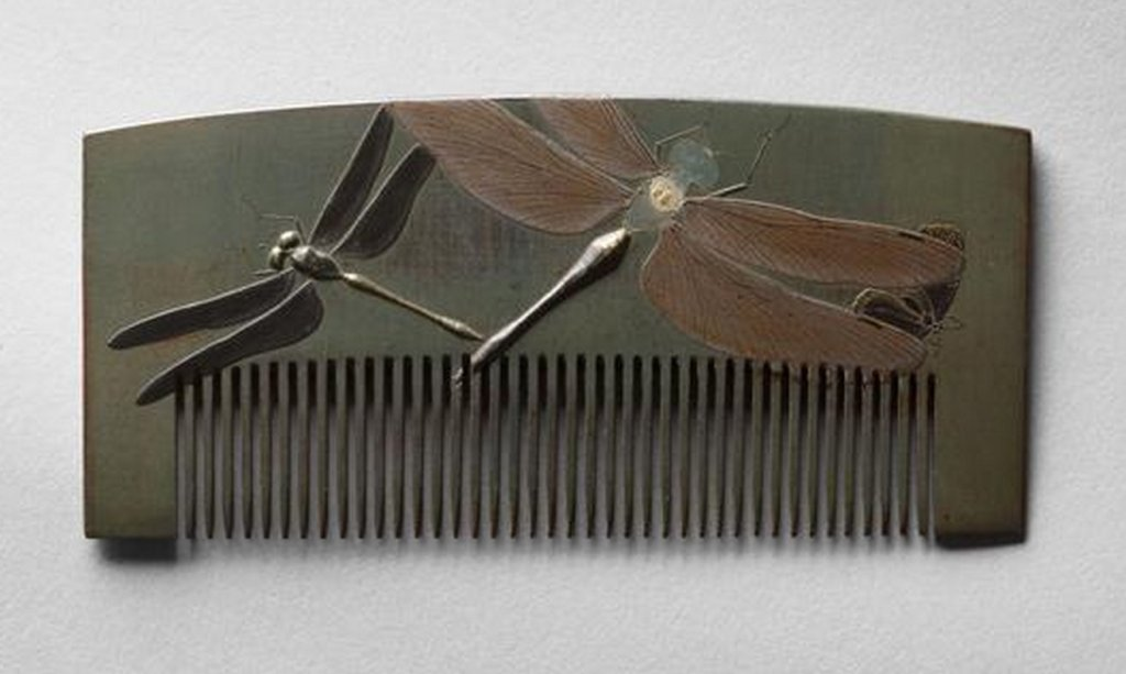 Guimet_tombo_lacquer_comb_8