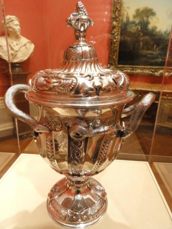 Covered_cup_Paul_de_Lamerie_1737_Nelson_Atkins_7c